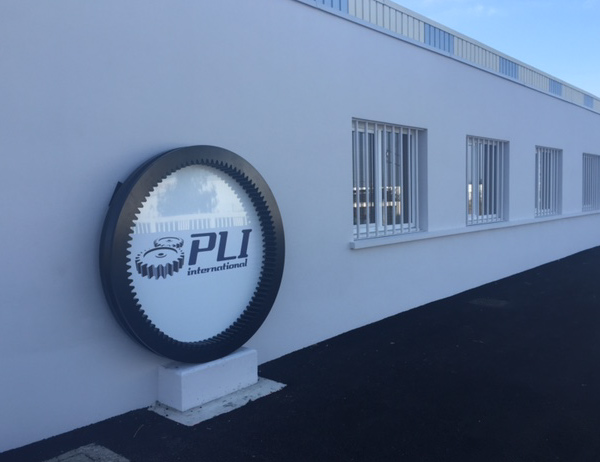 pli international machines